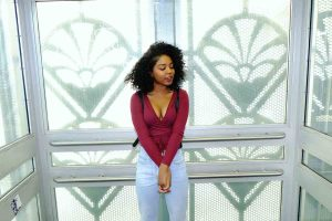 12-TIPS-ON-TRANSITIONING-TO-NATURAL-HAIR-Beauty-tips